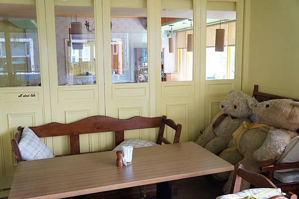 1403424193 2314837188 n - [熱血採訪]台中吃到飽 吉凡尼的花園 樂活的蔬食早午餐 甜點好好吃