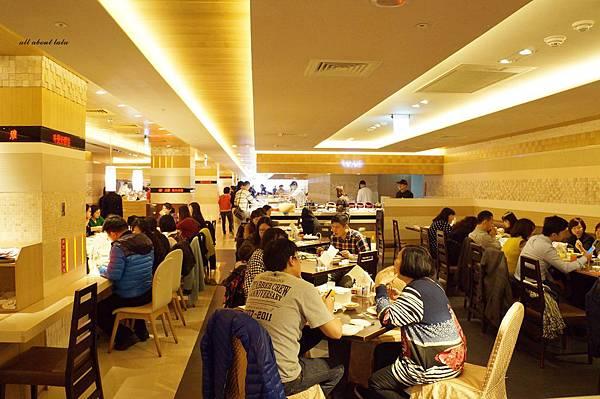 1421761976 3811463416 n - 台中吃到飽餐廳推薦 漢來海港餐廳 海鮮控 甜點控的愛~聚餐 同學會 謝師宴 請客都推薦