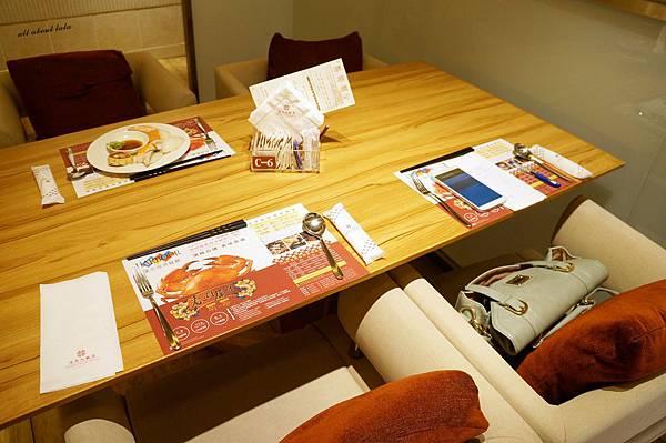 1421761977 1357911480 n - 台中吃到飽餐廳推薦 漢來海港餐廳 海鮮控 甜點控的愛~聚餐 同學會 謝師宴 請客都推薦