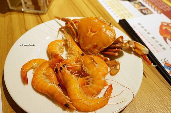 1421761979 263603193 n - 台中吃到飽餐廳推薦 漢來海港餐廳 海鮮控 甜點控的愛~聚餐 同學會 謝師宴 請客都推薦