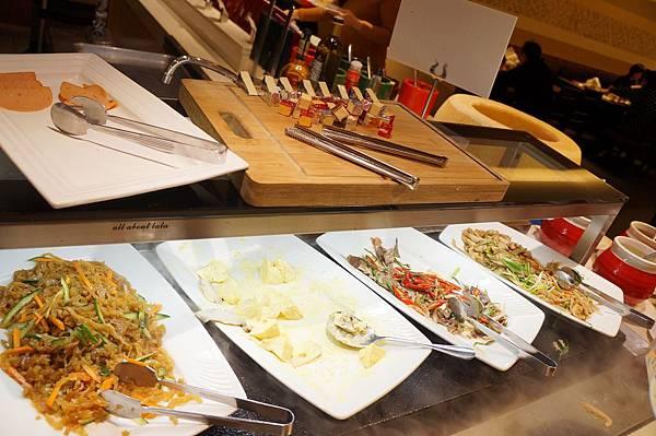 1421761982 1453601925 n - 台中吃到飽餐廳推薦 漢來海港餐廳 海鮮控 甜點控的愛~聚餐 同學會 謝師宴 請客都推薦