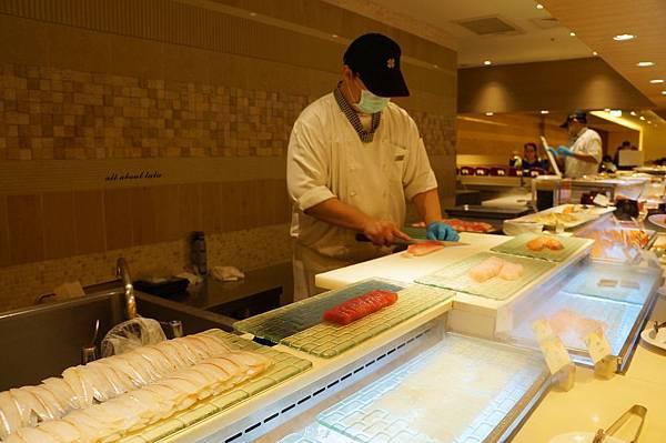 1421761992 2322490826 n - 台中吃到飽餐廳推薦 漢來海港餐廳 海鮮控 甜點控的愛~聚餐 同學會 謝師宴 請客都推薦