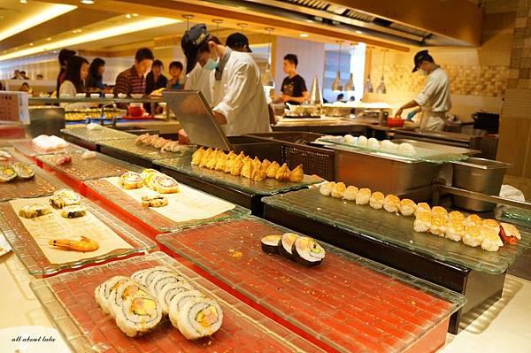 1421761993 2644809296 n - 台中吃到飽餐廳推薦 漢來海港餐廳 海鮮控 甜點控的愛~聚餐 同學會 謝師宴 請客都推薦
