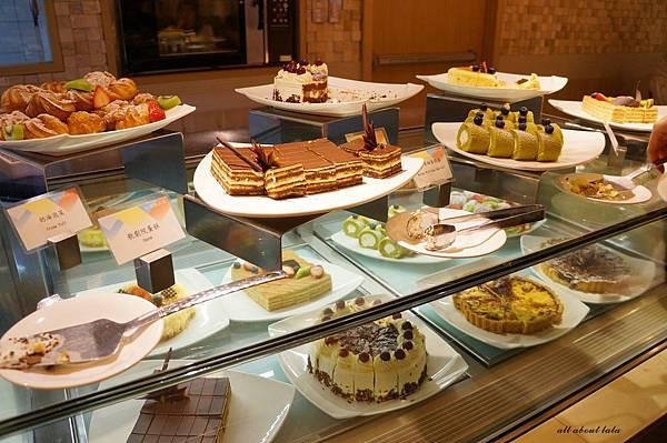 1421762014 4166836193 n - 台中吃到飽餐廳推薦 漢來海港餐廳 海鮮控 甜點控的愛~聚餐 同學會 謝師宴 請客都推薦