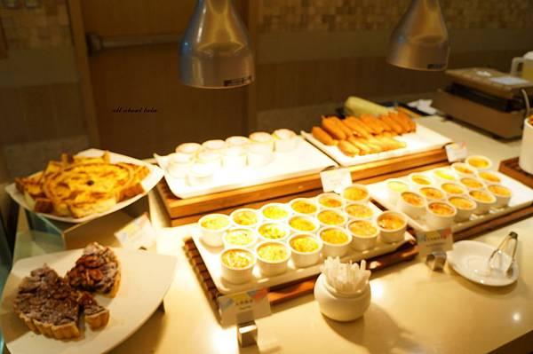 1421762017 2079911478 n - 台中吃到飽餐廳推薦 漢來海港餐廳 海鮮控 甜點控的愛~聚餐 同學會 謝師宴 請客都推薦