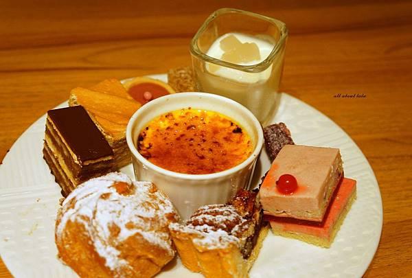 1421762035 3027216071 n - 台中吃到飽餐廳推薦 漢來海港餐廳 海鮮控 甜點控的愛~聚餐 同學會 謝師宴 請客都推薦