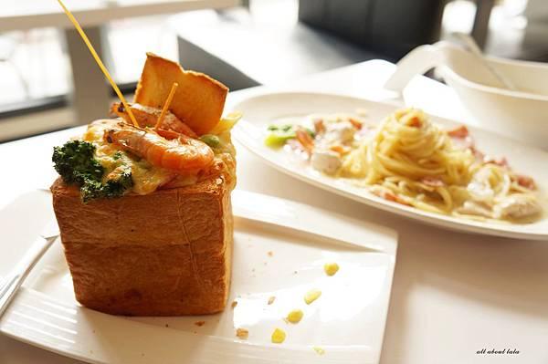 1421897527 1267338633 n - 【熱血採訪】台中平價義大利麵餐廳推薦 NU PASTA(向心店) 焗烤 吐司盒子也很推 外帶更方便便