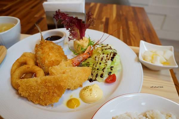 1423016130 72726987 n - 台中餐廳推薦 青木和洋食彩AOKI 好日式風的餐食 日式炸物 漢堡排大推薦 聽說甜點也不賴