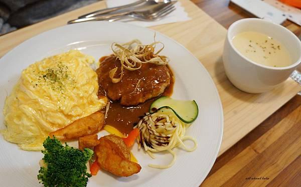 1423016134 2811266142 n - 台中餐廳推薦 青木和洋食彩AOKI 好日式風的餐食 日式炸物 漢堡排大推薦 聽說甜點也不賴