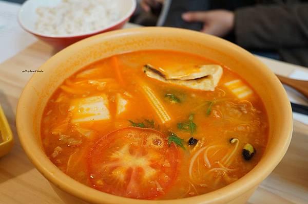 1423016138 983905320 n - 台中餐廳推薦 青木和洋食彩AOKI 好日式風的餐食 日式炸物 漢堡排大推薦 聽說甜點也不賴
