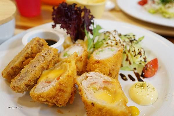 1423016151 3064281607 n - 台中餐廳推薦 青木和洋食彩AOKI 好日式風的餐食 日式炸物 漢堡排大推薦 聽說甜點也不賴
