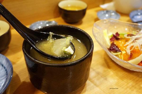 1438431463 2690593763 n - 台中 桀壽司日本料理 公益路上平價的無菜單套餐 生意超好需訂位