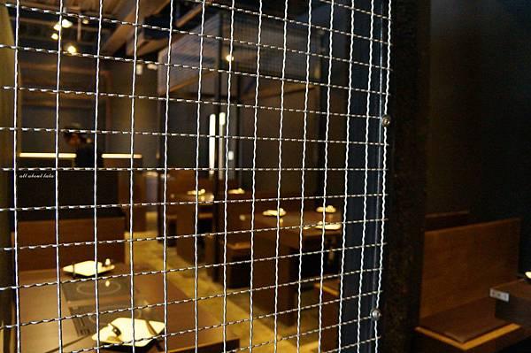 1441242438 1956764784 n - [熱血採訪]台中霧峰新餐廳 In the pot 鍋裡。鍋物 工業風設計的平價質感火鍋