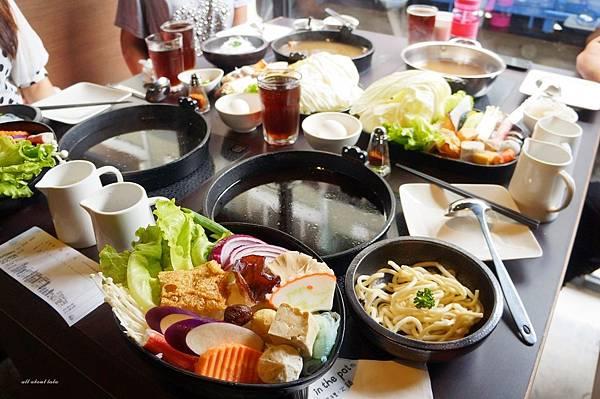 1441242454 2508469522 n - [熱血採訪]台中霧峰新餐廳 In the pot 鍋裡。鍋物 工業風設計的平價質感火鍋