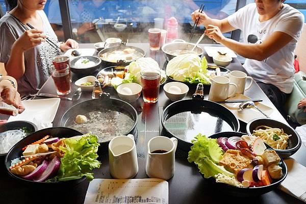 1441242462 99001114 n - [熱血採訪]台中霧峰新餐廳 In the pot 鍋裡。鍋物 工業風設計的平價質感火鍋