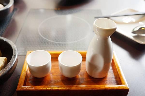 1441242480 1574892888 n - [熱血採訪]台中霧峰新餐廳 In the pot 鍋裡。鍋物 工業風設計的平價質感火鍋