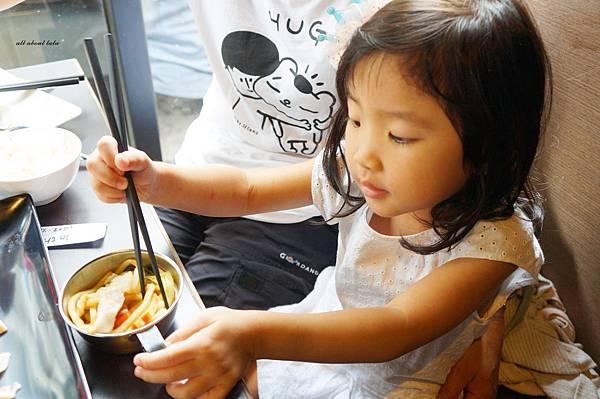 1441242505 2155995303 n - [熱血採訪]台中霧峰新餐廳 In the pot 鍋裡。鍋物 工業風設計的平價質感火鍋