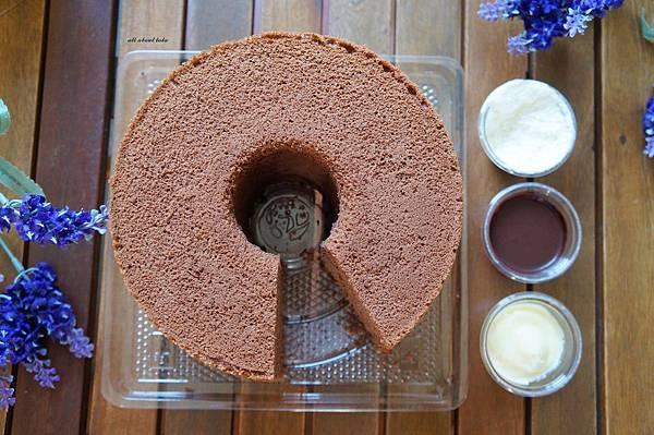 1444963918 3130120465 n - [熱血採訪]台中 七個小日子戚風蛋糕 多種口味沾醬多變化 宅配也適合!梨子咖啡館關係企業