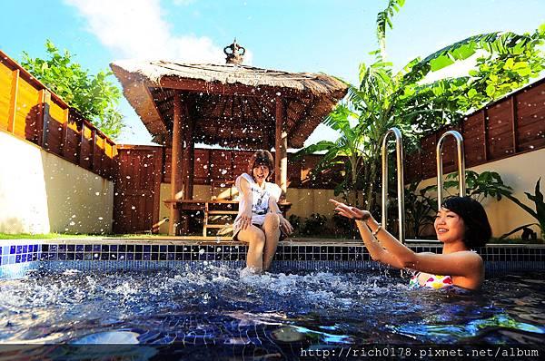 Villa戲水池