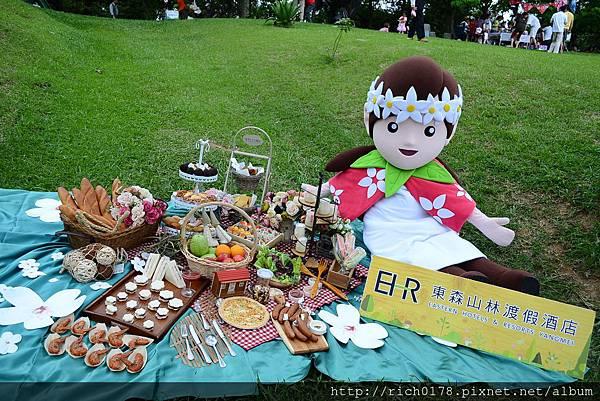 桐花綠地野餐比賽(東森吉祥物-桐桐與參賽作品)