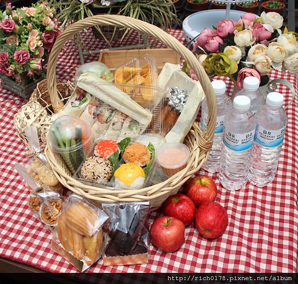 愛麗絲的森林派對野餐籃(外帶四人份)