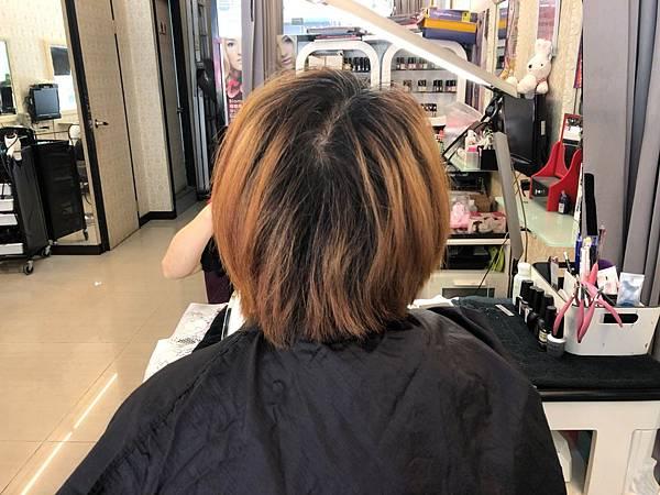 髮廊_200401_0005