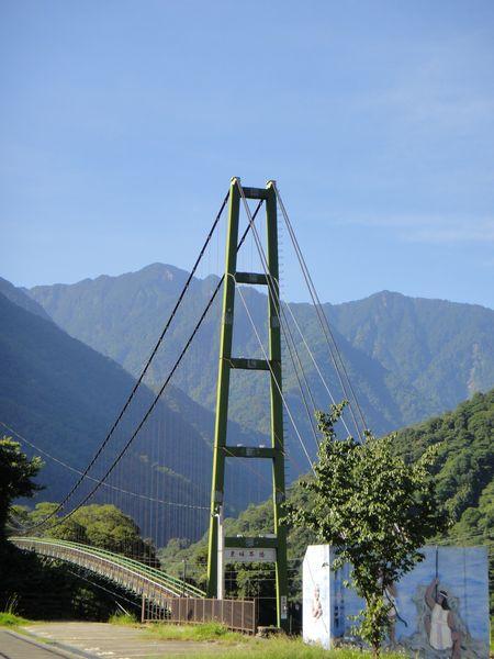 東埔吊橋全景
