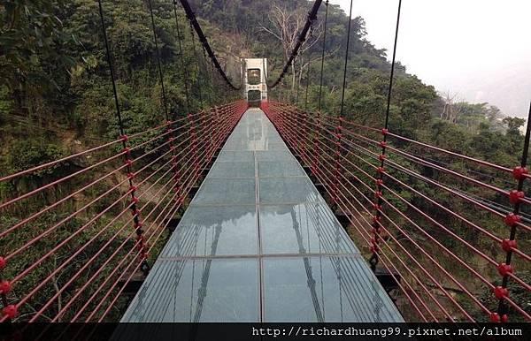 南投信義琉璃光之橋