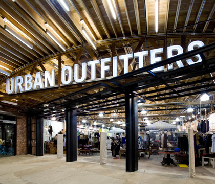 shops_urbanoutfitters.jpg