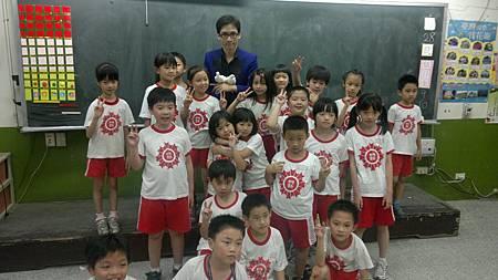 2011-0628日新國小 (1).jpg