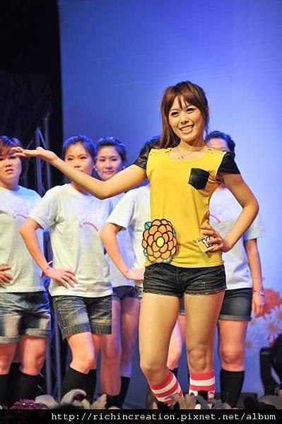 2011彰化花Young時代全國選拔大賽 (2).jpg