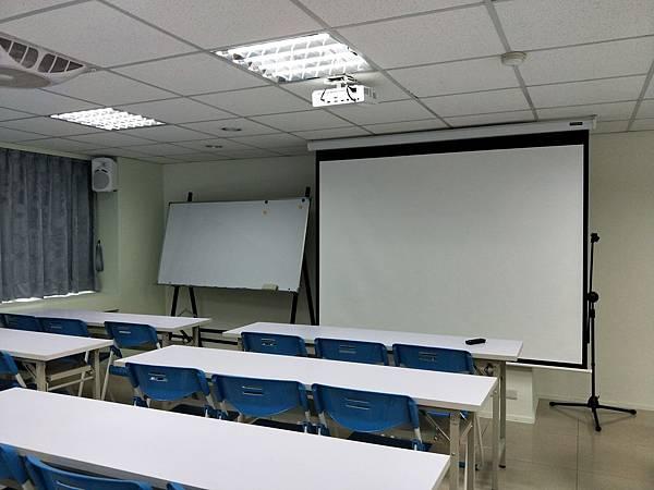 台中教室_180517_0002.jpg