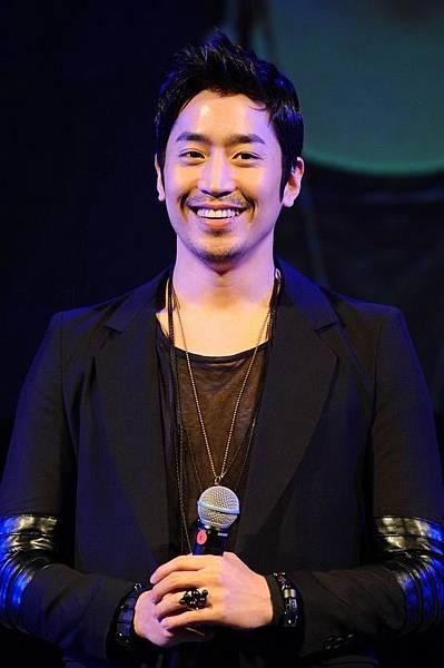 R-110521泰國FM.jpg