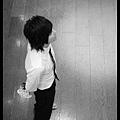 S-黑白.jpg