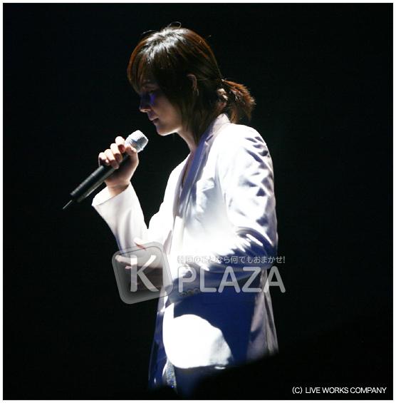 S-09日本演唱會官方圖7.bmp
