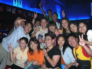 2004-8-24香港aprrc02-3.jpg