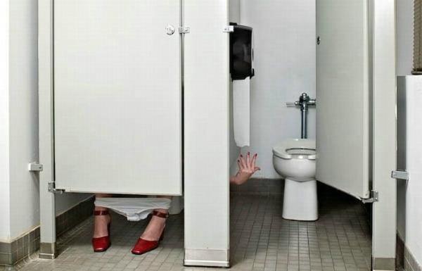 糗了,這邊沒衛生紙了!