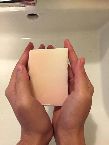 禮加玫瑰花瓣手工皂3
