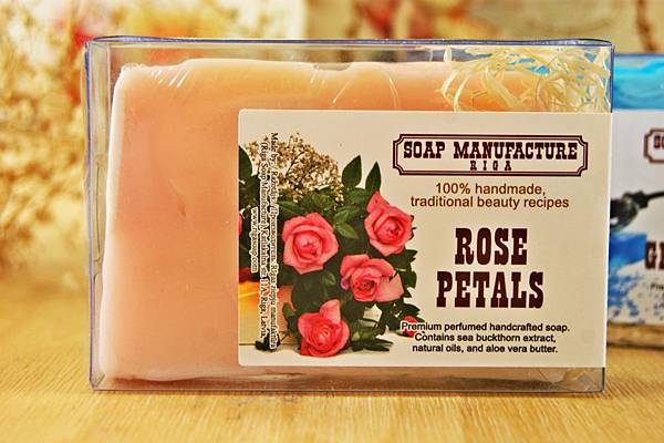 禮加玫瑰花瓣手工皂1