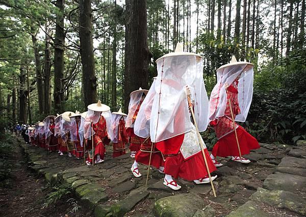 Festival in Nachi 3.jpg