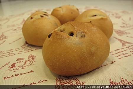 蔓越莓麵包.jpg