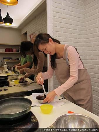 學長學妹做烤雞-3.jpg