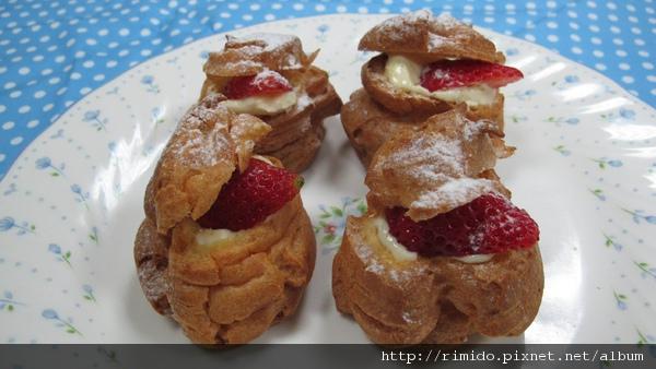 草莓泡芙-1.jpg