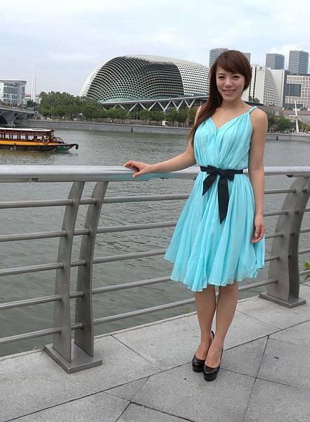 丁噹新加坡.jpg