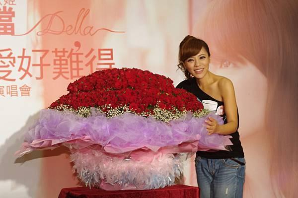 丁噹與999朵玫瑰