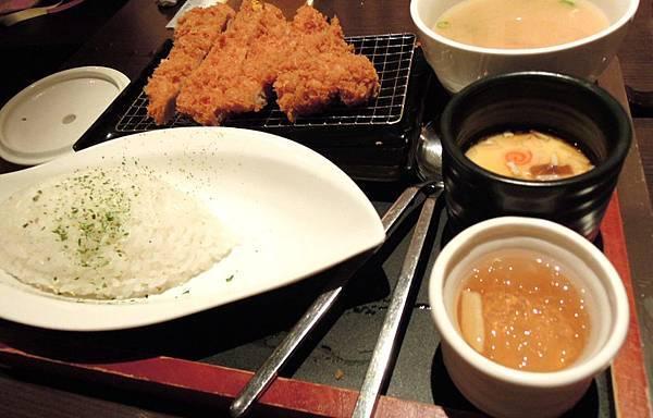 品田牧場-日式咖哩豬排套餐