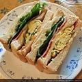 火腿總匯三明治