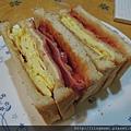 起司培根蛋三明治
