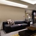 客廳與餐廳開放式空間