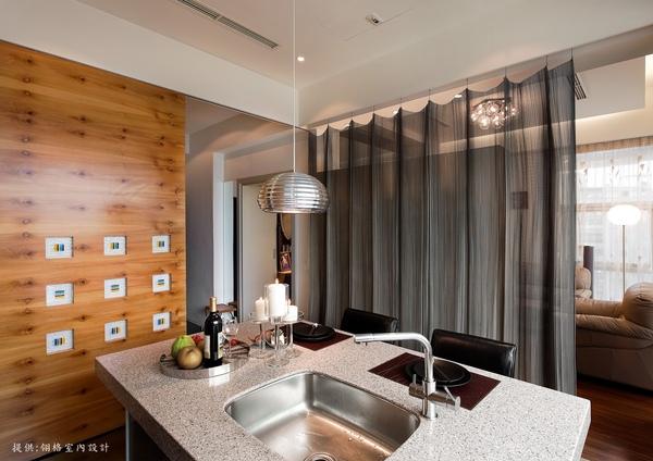 餐廳與客廳的穿透性